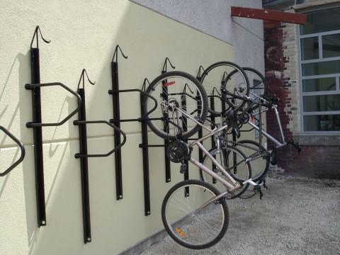 Vertical Bike Rack At Bridgman Collaborative Photo Green