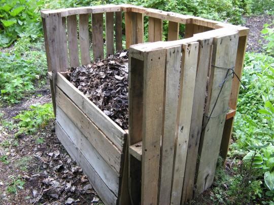 Wood Pallet Bins
