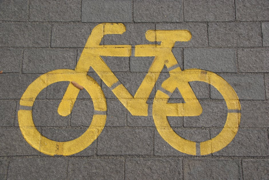 10 Safety Tips for Riding Your Bike