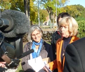 Anne Lindsey and Vicki Burns at Press Conference- September 24, 2012