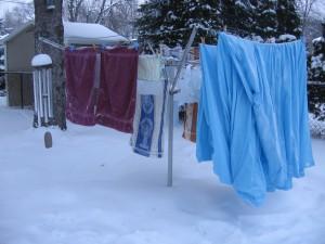 clothesline winter