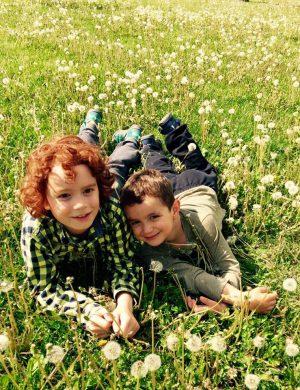 dandelion puff kids (1)