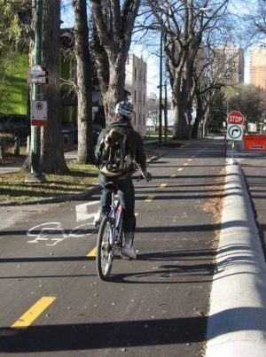 Cycletrack on Assiniboine Ave (Photo Anders Swanson) cropped
